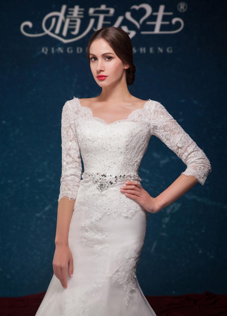 欧式复古优雅蕾丝婚纱